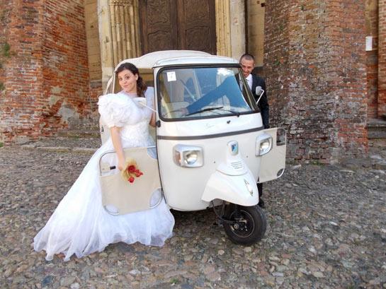 Matrimonio con l'Ape piaggio calessino